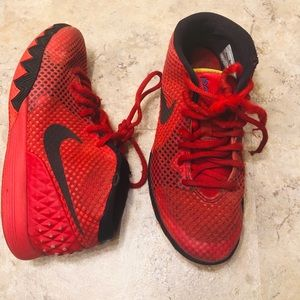 Nike Kyrie 1 Deceptive Red Black Youth Size 3Y